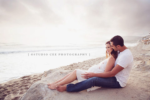 Beach maternity photography orange county
